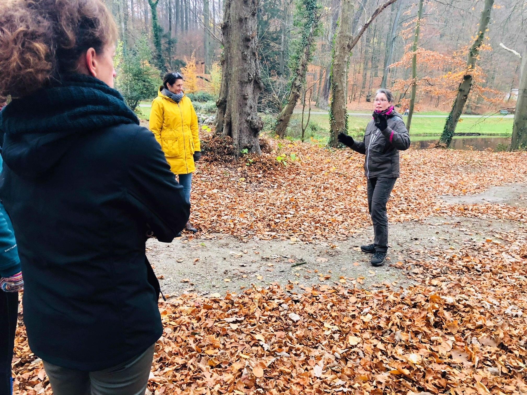 UItleg door Mindful Walk Instructeur Sabine Jansen
